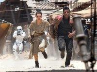 Várka nových fotografií ze sedmých Star Wars (7)