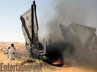 Várka nových fotografií ze sedmých Star Wars (9)