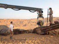 Várka nových fotografií ze sedmých Star Wars (10)