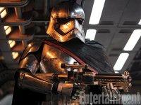 Várka nových fotografií ze sedmých Star Wars (12)