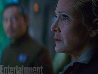 Nálož nových obrázků a informací ze Star Wars: Síla se probouzí (4)